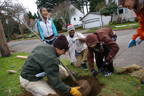 Firends of Trees planting crew